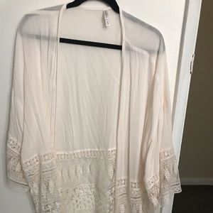 Target Off-White kimono with fringes